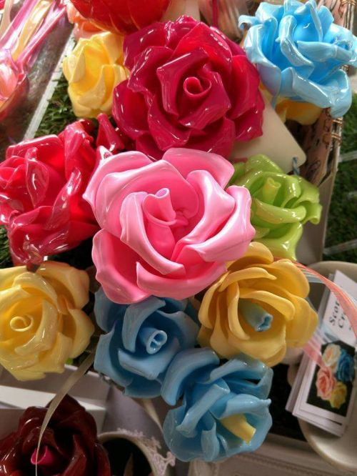 3. Scottie crafts - spoon art roses